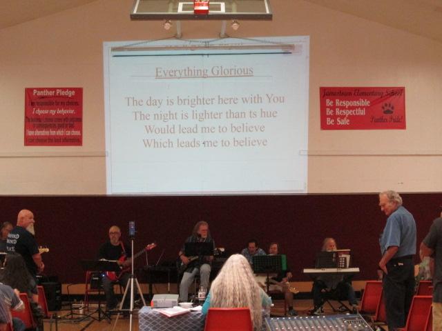 Singing praise to the Lord Sunday Worship Jamestown